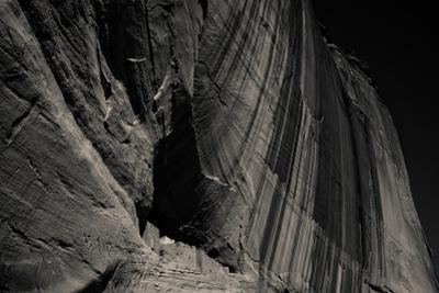 The Canyon De Chelly Anasazi Ruins by Ben Horton