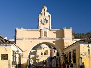 Arch of Santa Catalina, Antigua, UNESCO World Heritage Site, Guatemala, Central America by Ben Pipe