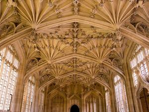 Bodleian Library Interior, Oxford University, Oxford, Oxfordshire, England, United Kingdom, Europe by Ben Pipe