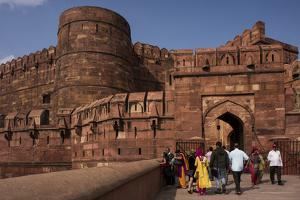 Exterior of Agra Fort, UNESCO World Heritage Site, Agra, Uttar Pradesh, India, Asia by Ben Pipe