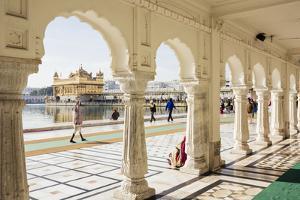 Harmandir Sahib (Golden Temple), Amritsar, Punjab, India by Ben Pipe