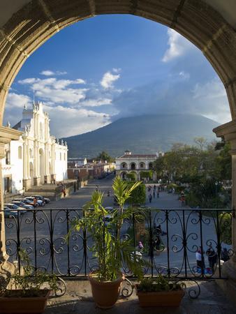Parque Central, Antigua, Guatemala, Central America