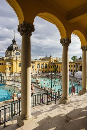Szechenyi Thermal Baths, Budapest, Hungary, Europe