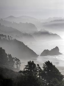 A Foggy Day on the Oregon Coast Just South of Cannon Beach. by Bennett Barthelemy