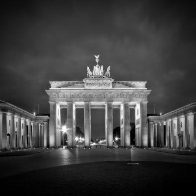 Berlin Brandenburg Gate-Melanie Viola-Art Print