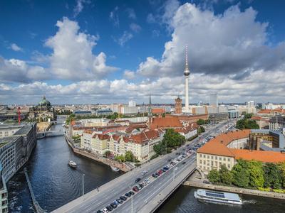 https://imgc.artprintimages.com/img/print/berlin-germany-viewed-from-above-the-spree-river_u-l-q104yrq0.jpg?p=0