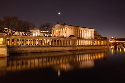 https://imgc.artprintimages.com/img/print/berlin-museumsinsel-museum-island-unesco-world-heritage-night_u-l-q11w1me0.jpg?p=0