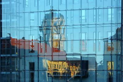 Berlin, Nikolaiviertel, Molkenmarkt, Town House, Reflection-Catharina Lux-Photographic Print