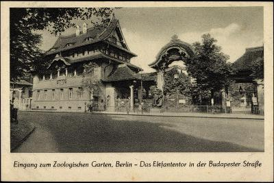 Berlin Tiergarten, Zoologischer Garten, Elefantentor in Der Budapesterstraße--Giclee Print