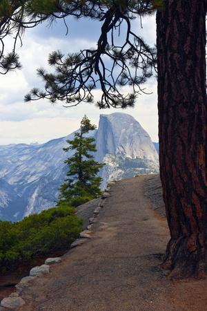 USA, California, Yosemite National Park, Half Dome, Glacier Point