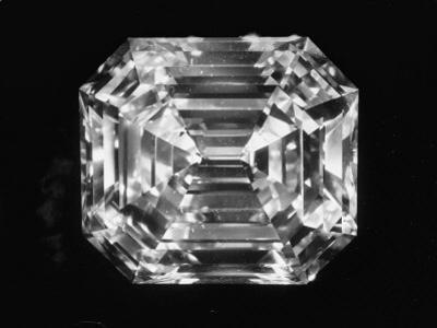 Large Diamond Owned by Jewel Harry Winston by Bernard Hoffman