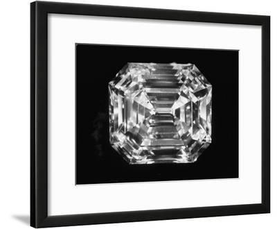 Large Diamond Owned by Jewel Harry Winston