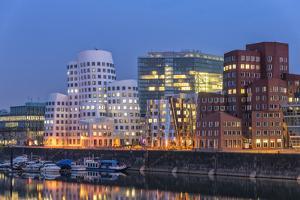 DŸsseldorf, North Rhine-Westphalia, Germany, Office Building in the Media Harbour by Bernd Wittelsbach