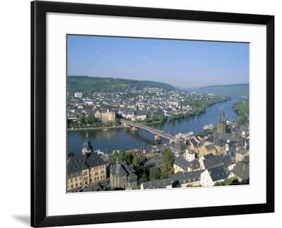 Bernkastel-Kues, Mosel Valley, Rheinland-Pfalz (Rhineland-Palatinate), Germany-Hans Peter Merten-Framed Photographic Print