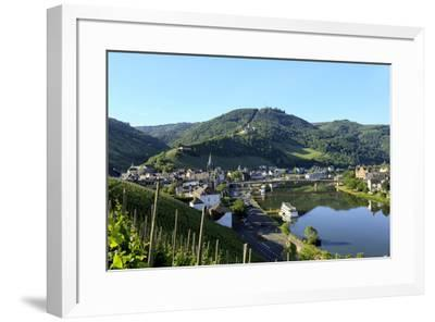 Bernkastel-Kues, Moselle Valley, Rhineland-Palatinate, Germany, Europe-Hans-Peter Merten-Framed Photographic Print