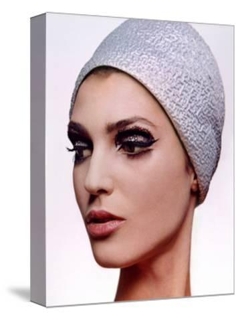 Vogue - December 1964