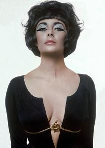 Vogue - January 1962 by Bert Stern