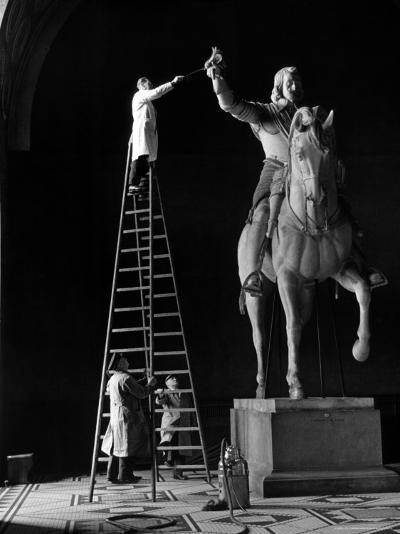 Bertel Thorvaldsen's Equestrian Statue of Emperor Maximillian I-Alfred Eisenstaedt-Photographic Print