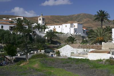 Betancuria, Fuerteventura, Canary Islands-Peter Thompson-Photographic Print