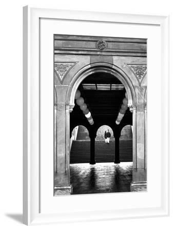 Bethesda Couple, Central Park, NYC-Jeff Pica-Framed Photographic Print