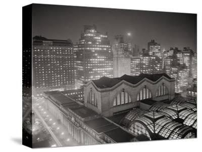 Skyline of Manhattan with Pennsylvania Station Area