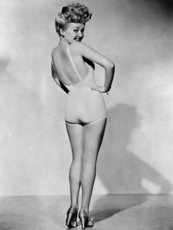Betty Grable, World War II Pin-Up Picture, 1943