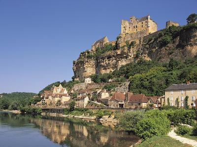 Beynac, Aquitaine, Dordogne, France-Michael Busselle-Photographic Print