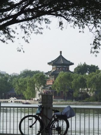 https://imgc.artprintimages.com/img/print/bicycle-houhai-lake-beijing-china_u-l-p7qxms0.jpg?p=0