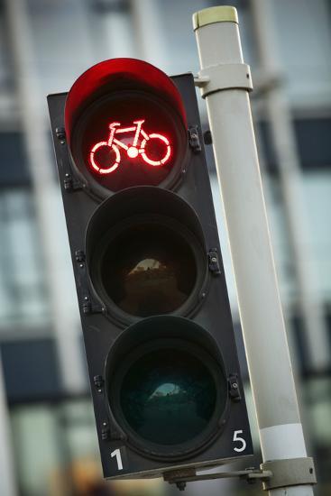 Bicycle Traffic Light-Jon Hicks-Photographic Print