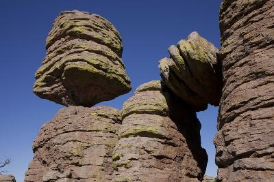 Big Balanced Rock Near the Heart of Rocks in Chiricahua National Monument-Scott Warren-Photographic Print