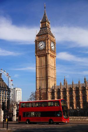 big-ben-city-bus-in-london-uk