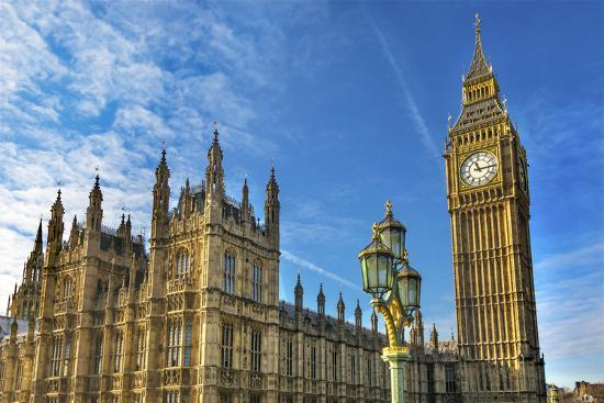 Big Ben, Parliament, and Lamp Post, Westminster, London, England.-William Perry-Premium Photographic Print