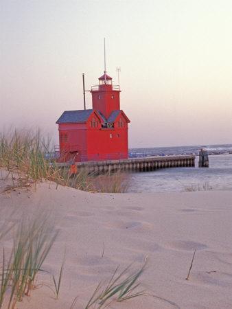 https://imgc.artprintimages.com/img/print/big-red-holland-lighthouse-holland-ottowa-county-michigan-usa_u-l-pxpqg90.jpg?p=0