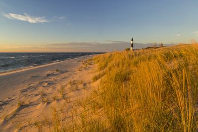 https://imgc.artprintimages.com/img/print/big-sable-point-lighthouse-on-lake-michigan-ludington-sp-michigan_u-l-pocom90.jpg?p=0