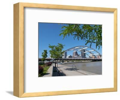 Frederick Douglas and Susan B Anthony Memorial Bridge, Genessee River, Rochester, New York, Usa