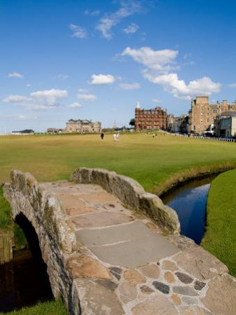 Golfing the Swilcan Bridge on the 18th Hole, St Andrews Golf Course, Scotland