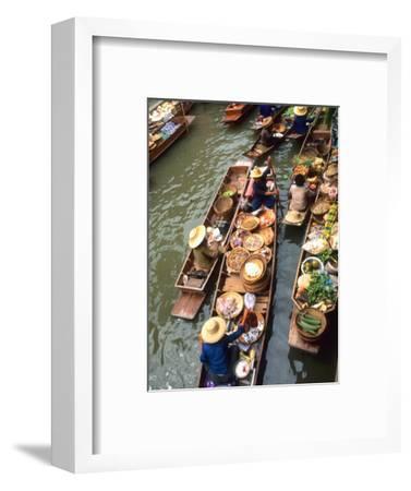 Vendors, Waterways and Floating Market, Damnern Saduak, Thailand