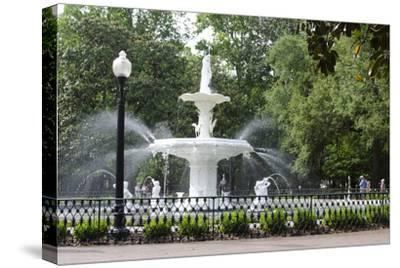 White Fountain in Forsyth Park, Savannah, Georgia, USA