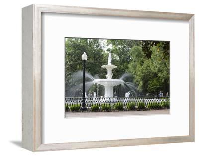 White Fountain in Forsyth Park, Savannah, Georgia, USA