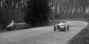 Hector Dobbs Riley Dobbs offset special passing Raymond Mays crashed ERA, Donington Park, 1935 by Bill Brunell