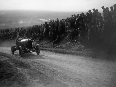 Rouge et Noir, Vauxhall 30-98 of Humphrey Cook, Essex Motor Club Kop Hillclimb, 1922