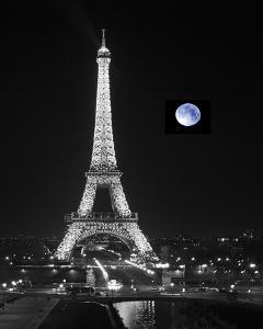 Lune Bleue by Bill Philip