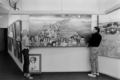 Artists Walter Keane and Margaret Keane Hanging Work Up, Tennessee, 1965