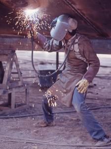 Welder at the Promecan Shipyard, Lima, Peru by Bill Ray