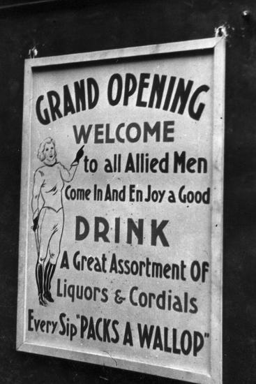 Billboard for a Party in Honor of Allied Troops-Luigi Leoni-Photographic Print