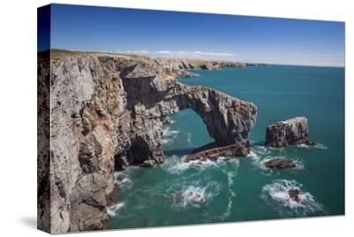 Green Bridge of Wales, Pembrokeshire Coast, Wales, United Kingdom