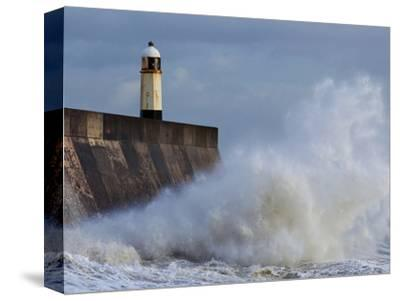 Harbour Light, Porthcawl, South Wales, Wales, United Kingdom, Europe
