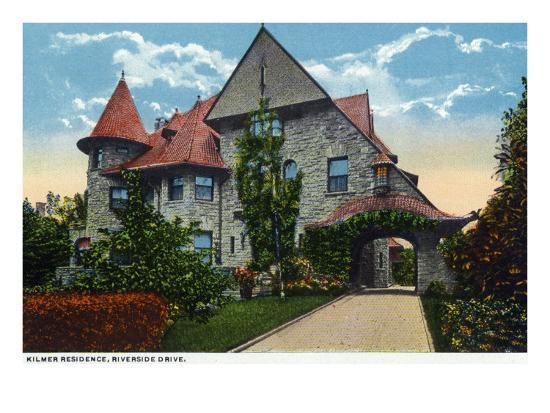 Binghamton, New York, Exterior View of the Kilmer Residence on Riverside Drive-Lantern Press-Art Print