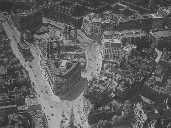 Bird's-eye view of the surroundings of Bush House, London, 1924-Unknown-Photographic Print
