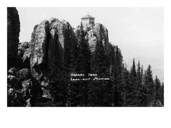 Black Hills Nat'l Forest, South Dakota - Harney Peak Look-out Station-Lantern Press-Art Print